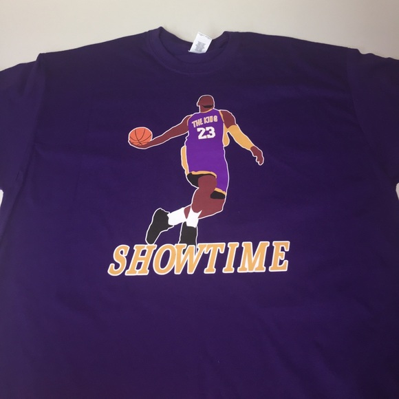 size 40 a48ac 81976 Los Angeles Lakers Lebron James Shirt NWT